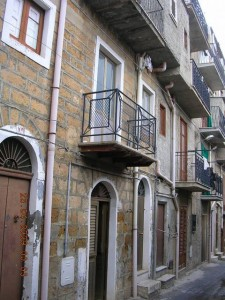 $30,000 Townhouse in Sicily, Italy
