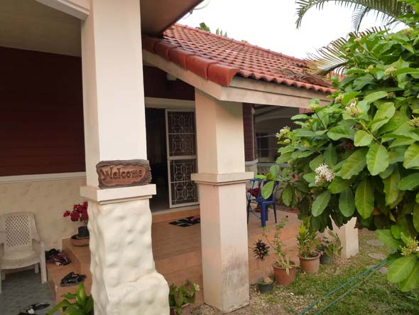 Chiang Mai House Live in Thailand on $500 per month
