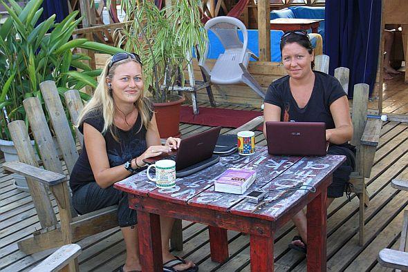 Globetrottergirls working in Panama