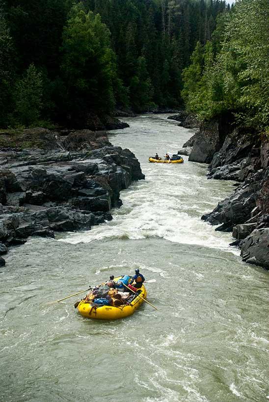 white-water-rafting-alberta